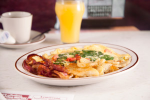 Veggie Omelette with Bacon and Fresh-Cut Home Fries